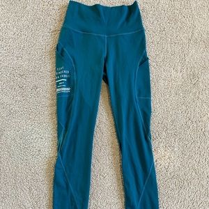 blue/green leggings from etcht with pockets